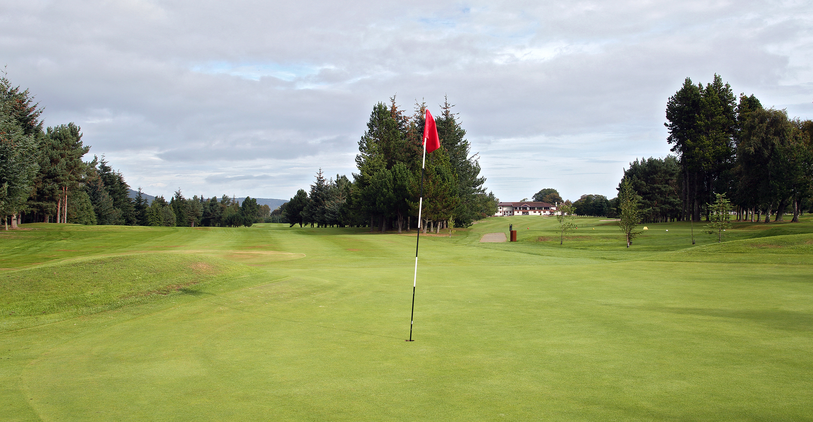 17th Green looking to 18th tee